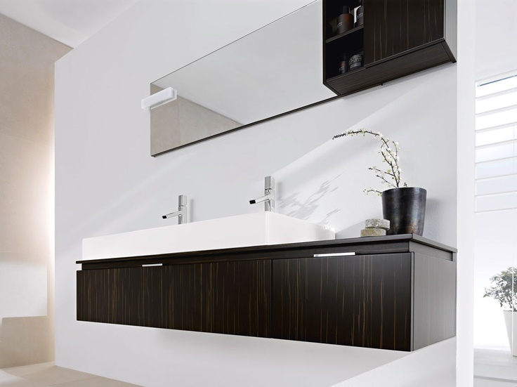 FLY 114 - Countertop ebony. Sit on washbasin Galaxy 120 ceramic.  The countertop profile allows the handle MA040 to fit and the fronts to open.