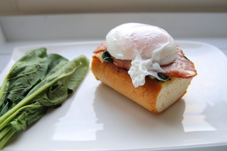 яйцо пашот на хлебе http://www.tumpum.com/benedikt/