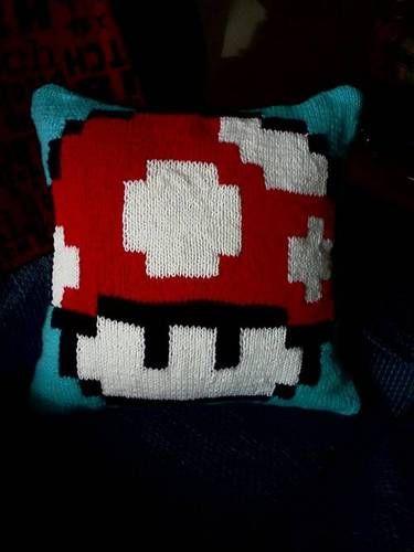 Mario Knitting Pattern : 1000+ images about Amigurumi on Pinterest Cute pokemon, Super mario bros an...