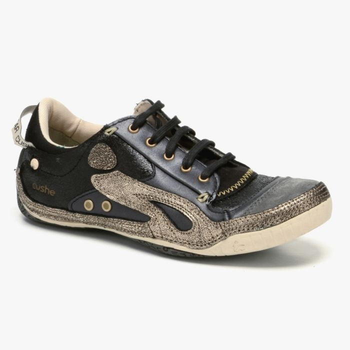 Boutique Sneaker in Black & Gold