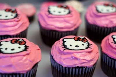 Cake Decorating Buttercream Transfer Community : 223 best images about Hello Kitty & Friends on Pinterest