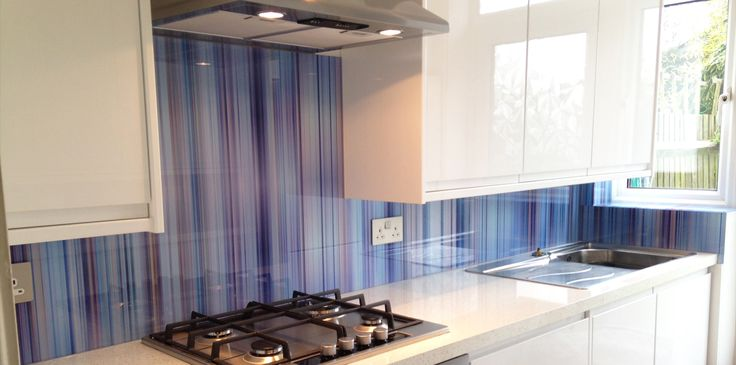 Glass splashbacks & shower walls. Price & buy online-7day made to measure service, the UK's finest digitally printed glass splashbacks.Measure & fit offered
