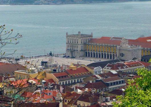 Lisboa - I Disfruta del encanto señorial del Barrio de la Baixa