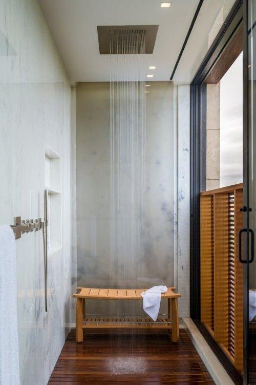 Daniels lane residence by Blaze Makoid Architecture.
