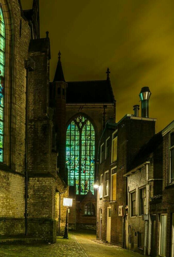 achter de Sint-Jan kerk in Gouda
