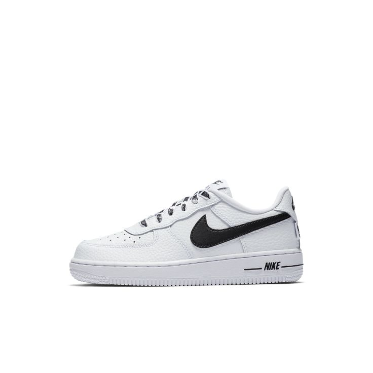 Nike Air Force 1 LV8 NBA Little Kids' Shoe Size 13.5C (White)