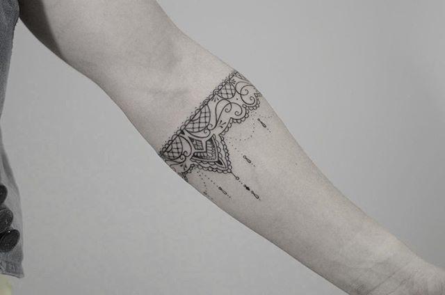 Bracelete de Carlinha!! Obrigado Novamente.  #tattoosfofas #tattoo2me…