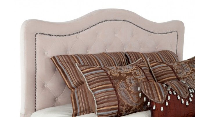 "I want this headboard... ""Troy"" @ Bobs"