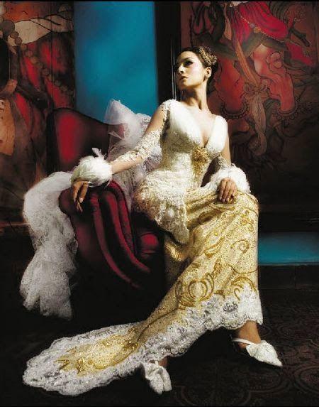 7 Model Kebaya Modern Simple dan Elegan | Kebaya Modern