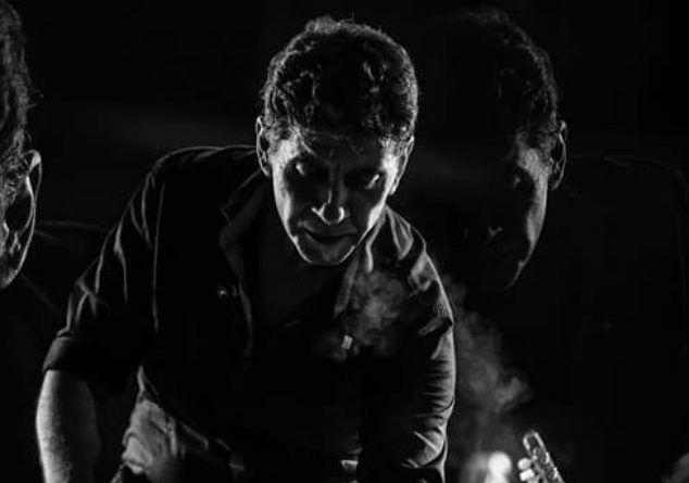 Ο Σωκράτης Μάλαμας παρουσιάζει το νέο video clip για το τραγούδι «Με το Κρασί στο Αίμα»