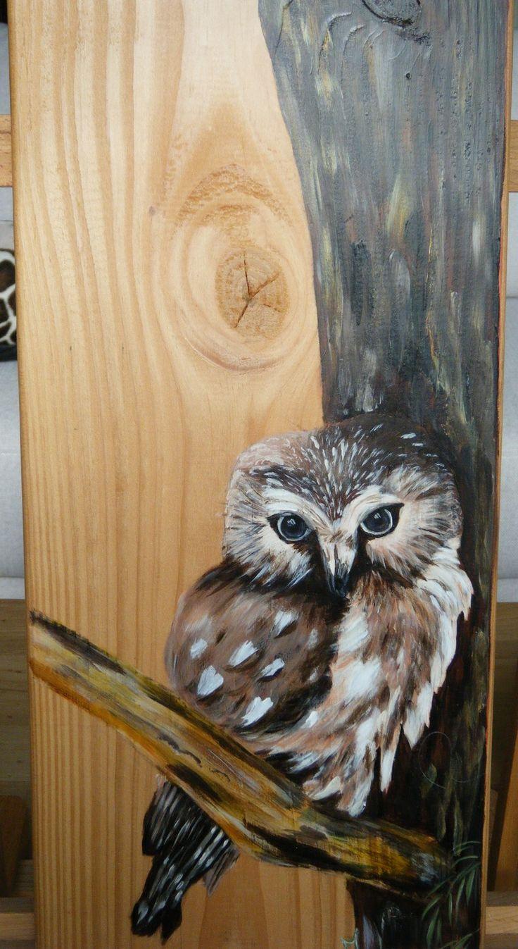 Lief uiltje. Geschilderd met acryl op larix hout door Ineke Nolles.