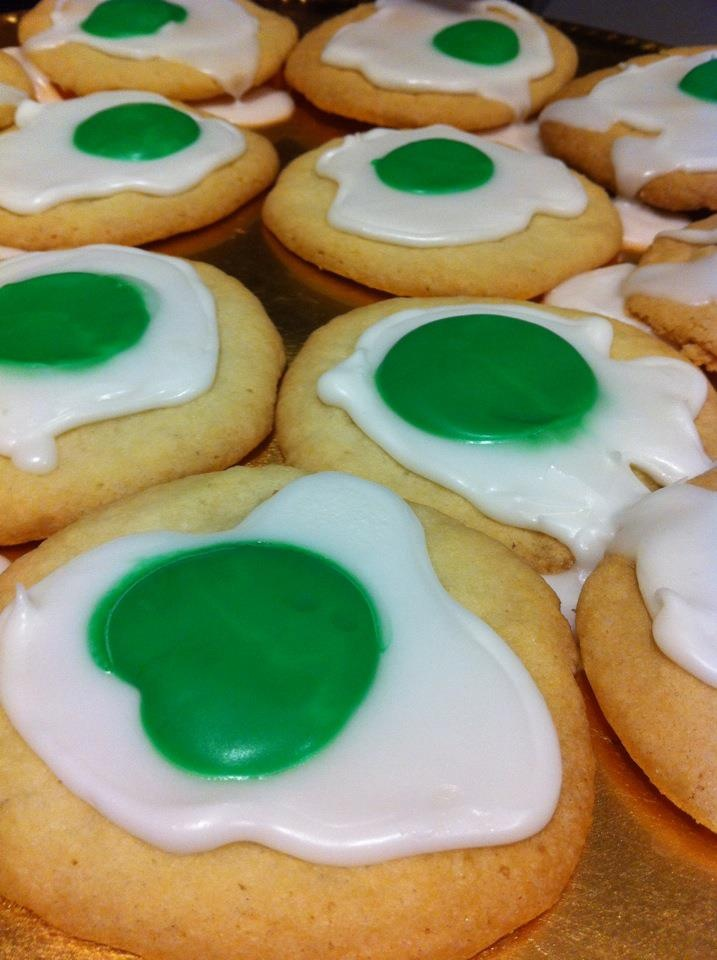 green eggs cookies for dr. seuss' birthday! LOVE.