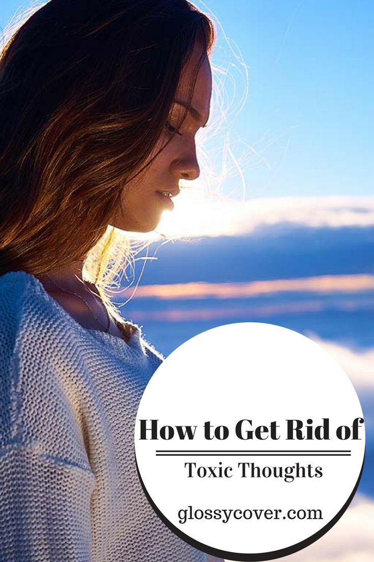 If you need to kick the blues and find some positivity in your life, it might be time for a negativity detox. Follow these steps to get rid of negative influences and begin focusing on the good.  #negativedetox #positivity