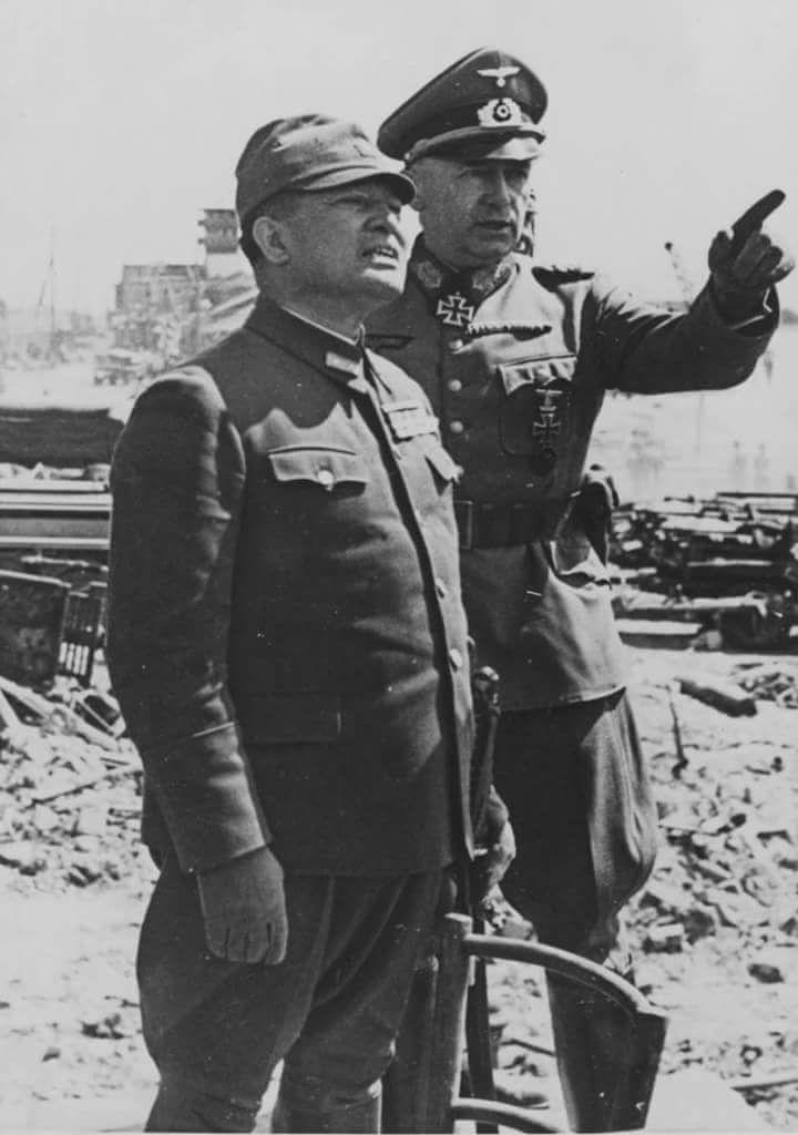 Ewald von Kleist with Japanese officer , 1943 eastern front