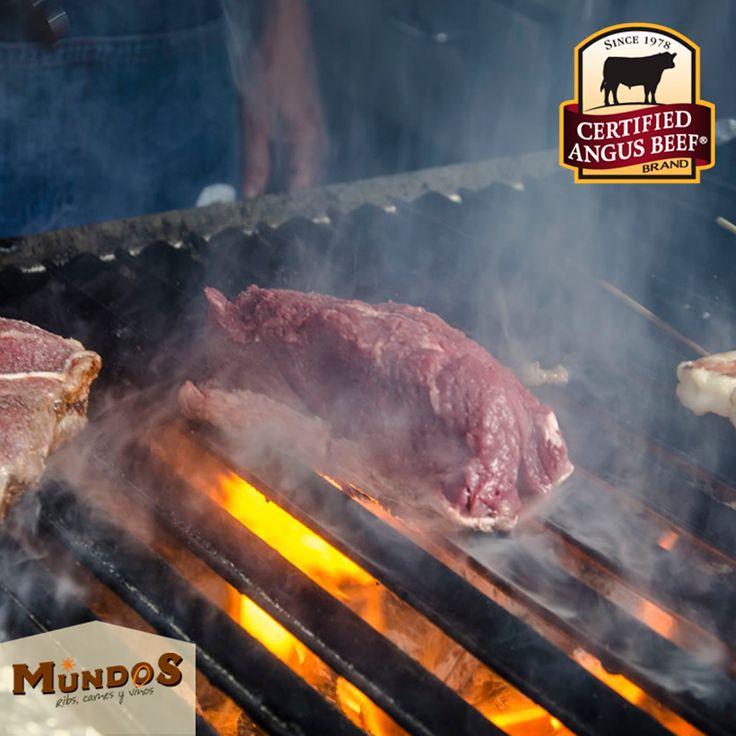 Lo confirman los paladares mas exigentes del mundo, la carne #CertifiedAngusBeef es la mas fina y jugosa. Disfrútala en #MundosRestaurante. Nos encuentras en Llanogrande, reserva en el tel. 5371835 o www.mundos.com.co