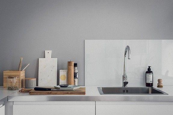 ØVERST PÅ LØKKA: Nyoppusset 2-roms med moderne kjøkken, lys og