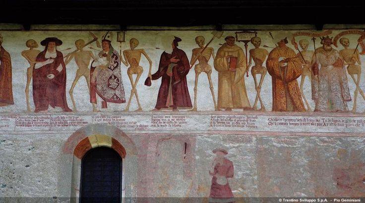 Trentino: Baschenis Danza Macabra - Pinzolo
