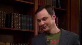 Sheldon conoce a Stephen Hawking
