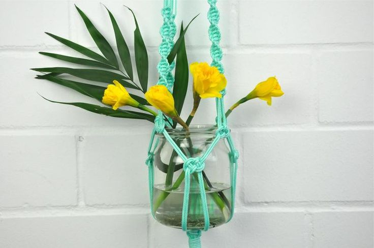 'Ella' twisted mint green macrame hanger  van California Dreaming op DaWanda.com