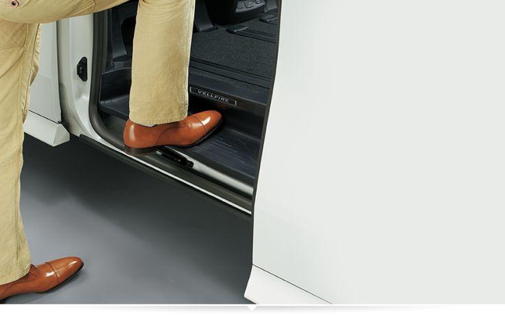 New Toyota VellFire 2.5G Interior 6