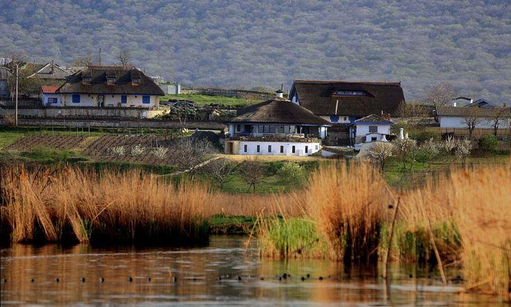 Village- Danube Delta   photo : safari.ro