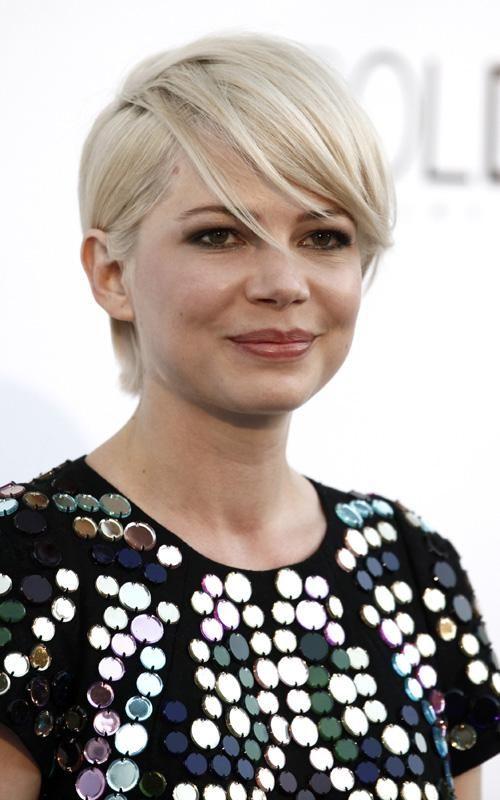 michelle-williams-short-platinum-blonde-hair