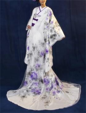 Wedding kimono designed by Yumi Katsura