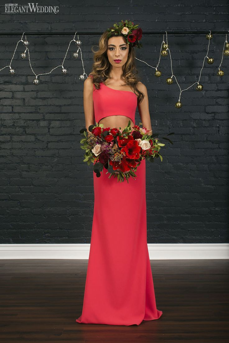 GLAMOUROUS CHRISTMAS BRIDESMAIDS GOWNS   Elegant Wedding   Winter bridal bouquet with amaryllis, ranunculus, holly and berries. Floral Crown.