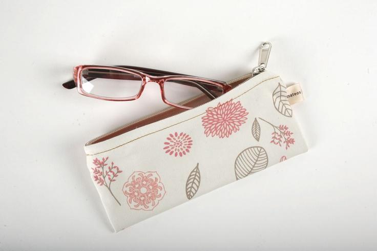 Porta anteojos / varios diseños