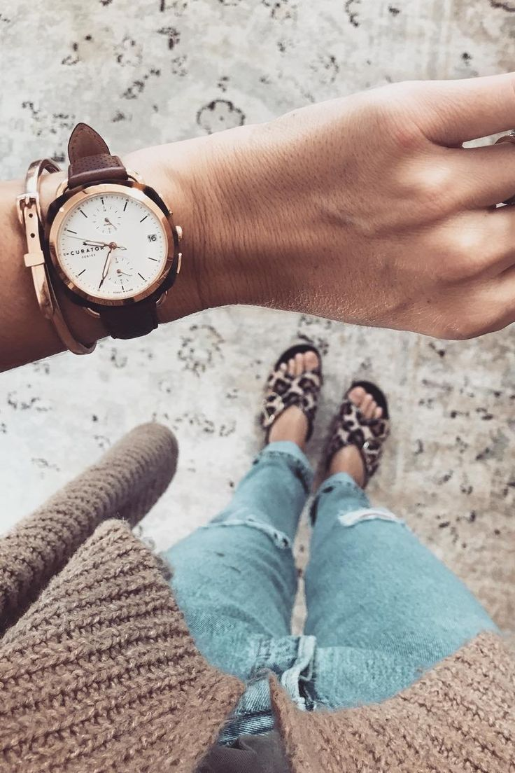 Our Amber Interiors rose gold and tortoise watch is perfectly styled by @workyourcloset.
