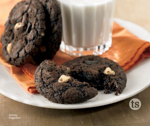 Help end hunger in America with Chewy Chocolate Cookie Mix - $1 per box donated to Share Our Strength. www.tastefullysimple.com/web/bsmith13