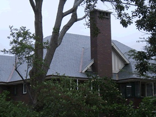 """Glendynes are top quality slates. They are square and uniform with a pleasing smooth finish. They lie beautifully flat on a roof with no visible flaws. We've used Glendynes on 4 of the last 5 projects - they're very popular for a good reason"". Glendyne slate is available now from www.bellstone.com.au"