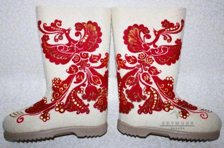 Уютная обувь для подарка № 10 Феникс. Стоимость такой модели 6.500 ₽ валенки с росписью, дизайнерские валенки, валенки ручной работы, купить валенки +в спб, красивые валенки, хорошие валенки, современные валенки,  валенки