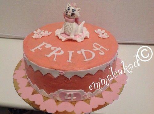 Aristocats Marie birthday cake emmabakad.blogg.se