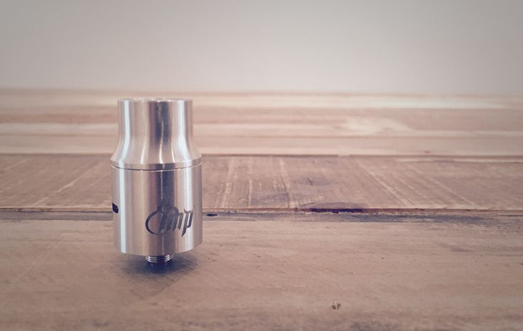 There was something about the Riffled Chuff Cap and perfectly balanced restrictive Airflow that had us grab a Youde IMP. This doesn't look like a Flavourchaser Atty but holy crap it has great flavour and tons of clouds for flavour that good.