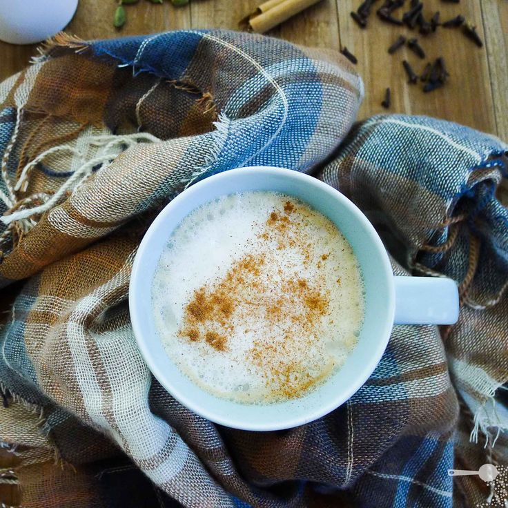 Homemade mango chai latte (for home and office) - http://wholesome-cook.com/2011/05/13/homemade-mango-chai-latte-low-sugar-additive-free/