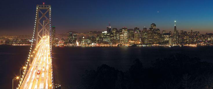 Cars crossing the san Francisco bay bridge at night