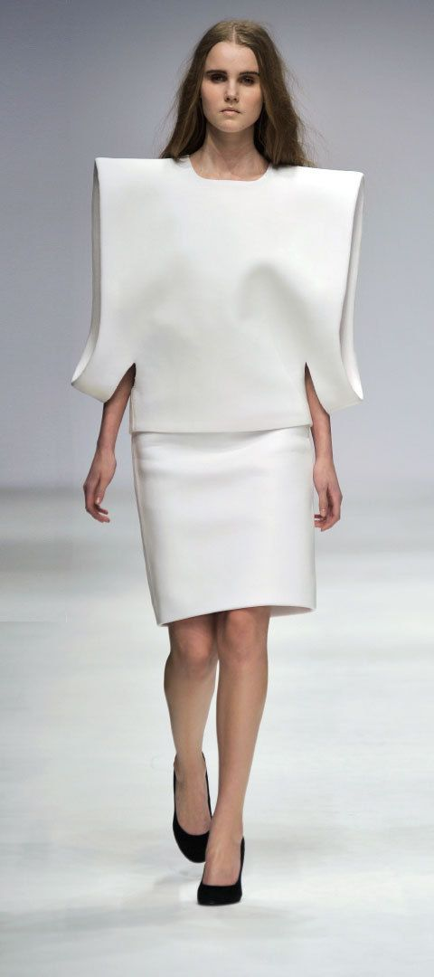 Sculptural Fashion - experimental fashion construction with minimal, clean structured silhouette and 3D sleeve detail // Tze Goh