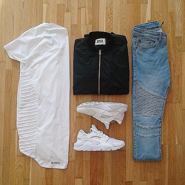or: #WDYWTgrid by @viktornyztrom92 #mensfashion #outfit #ootd : #Blench #Weekday : #HM : #Nike Air #Huarache #WDYWT for on-feet photos #WDYWTgrid for outfit lay down photos •