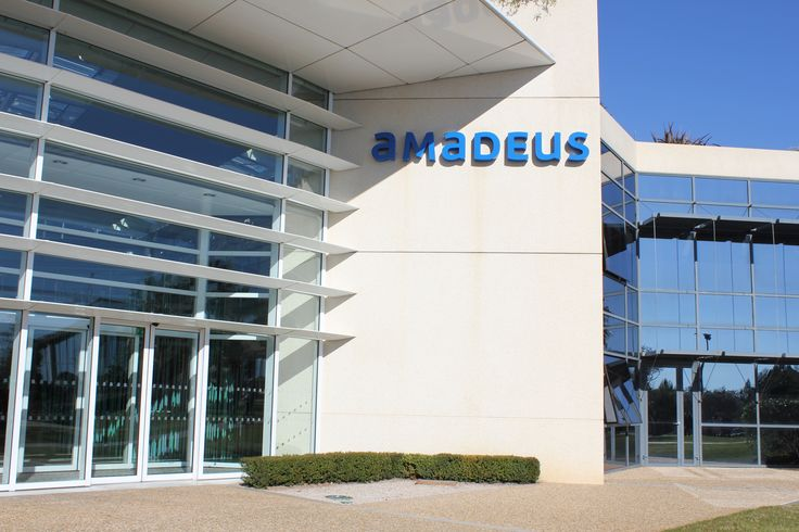 iP Hoteles taps into global market with Amadeus LinkHotel  #Hotel #Travel