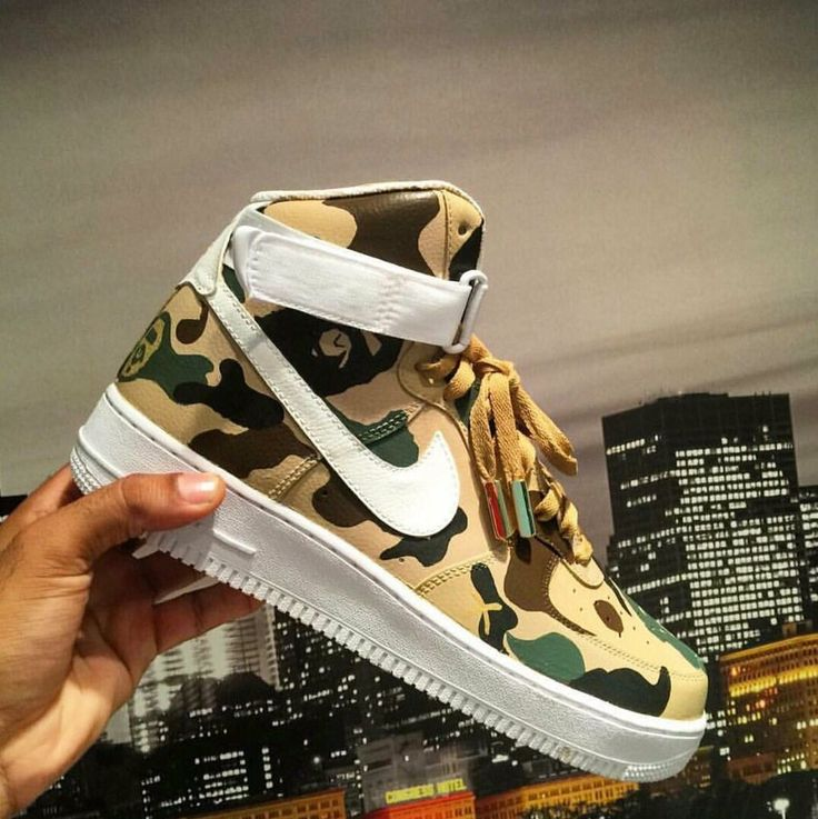 "Nike Air Force 1 High ""BAPE Customs"""
