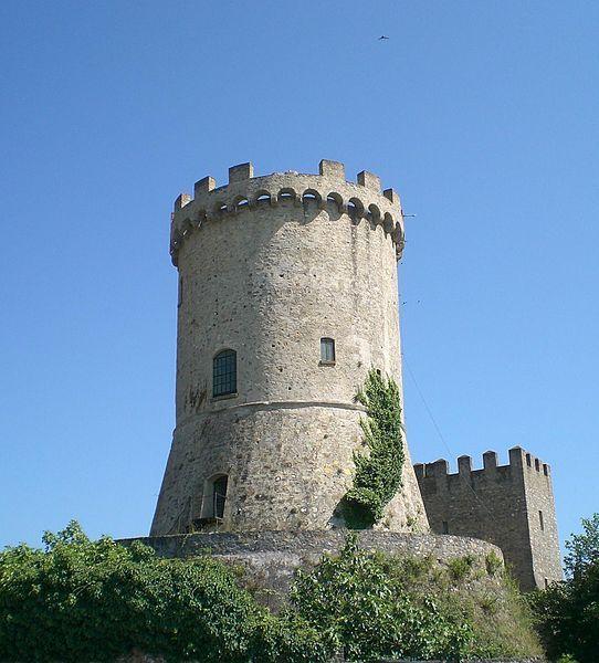 La torre di Castelnuovo Cilento