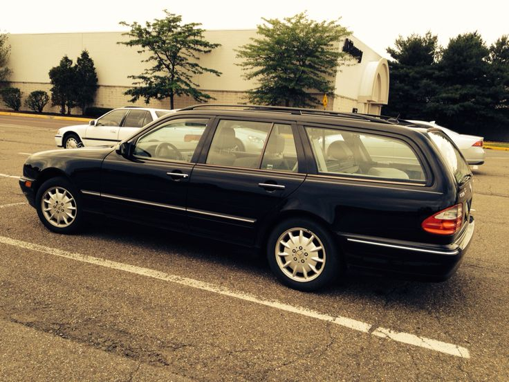 My beloved 2000 mercedes benz e320 station wagon for Mercedes benz station wagon
