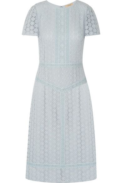 BURBERRY Guipure Lace Midi Dress. #burberry #cloth #dresses