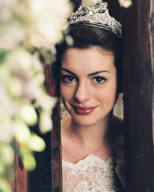 Anne Hathaway Movies: Anne Hathaway To Return As Mia Thermopolis In 'The