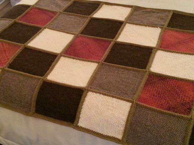 Piecera throw a telar y crochet