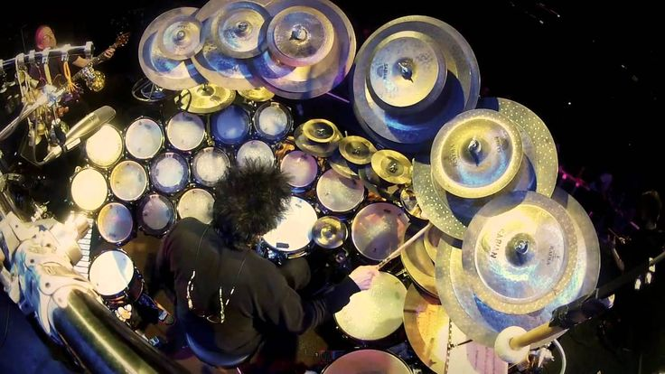 Fucktastic Fridays are here! See how many fucks Terry Bozzio gives in this trippy solo!