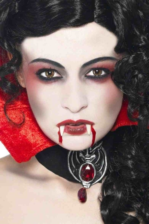 53 best facepaint vampires images on Pinterest   Halloween ...