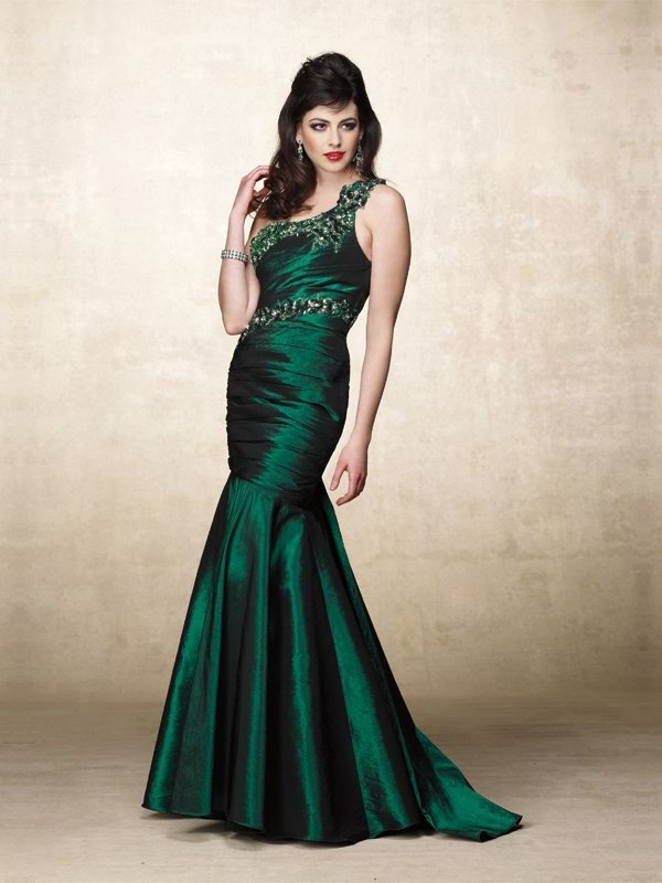 9 best images about Prom on Pinterest | Formal dresses online ...