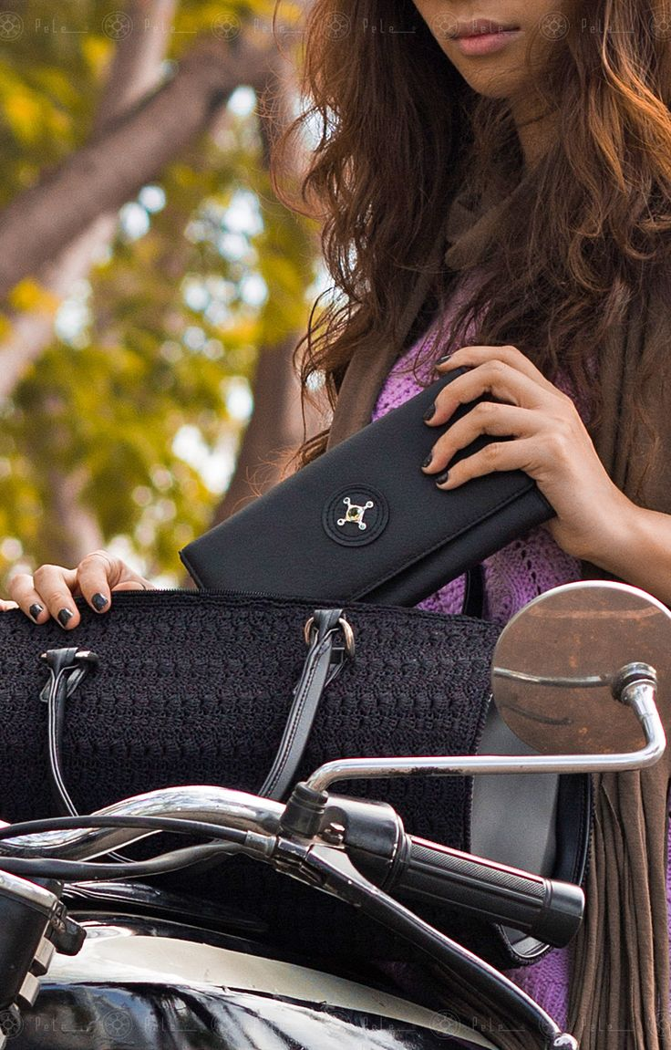 "Pele classic wallet name: Dew ""DWC022"" Classic, perfect purse for women, design by Pele."
